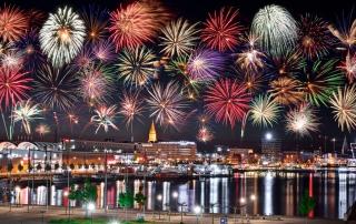 Feuerwerk über Kiel